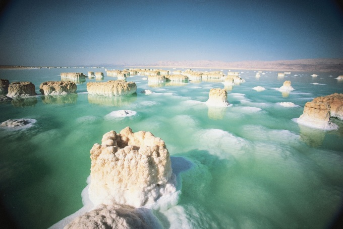Salt formation in the Dead Sea (n_n)