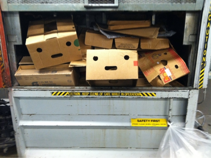 I'm feeling terrible of seeing those boxes crushed (o_0)