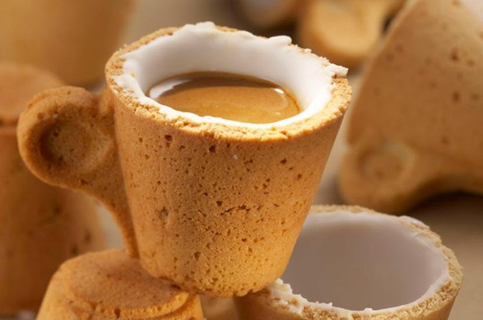Someone want a hot and creamy coffee in a cookie cup? (*°∀°)=3
