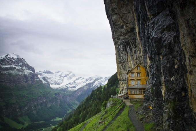 Hidden in the Alps  (⌒▽⌒)