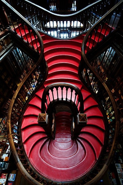 Staircase in a Portuguese bookshop 0_o