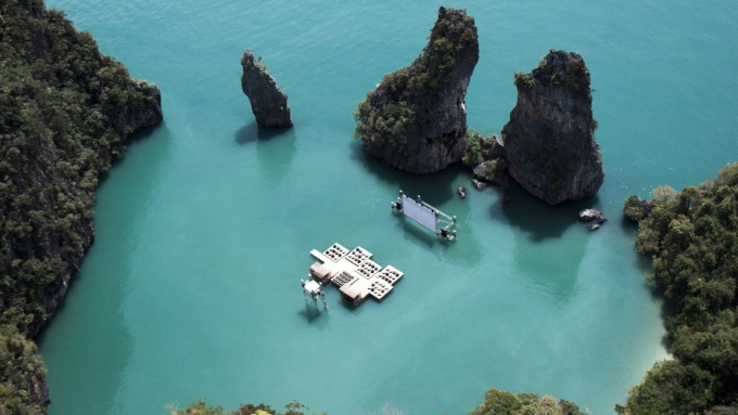 Probably the coolest cinema ever (o_O)