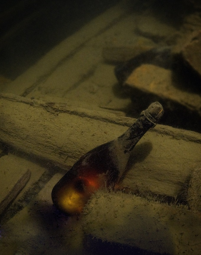Unopened 200 year old champagne bottle in a Baltic Sea shipwreck :)