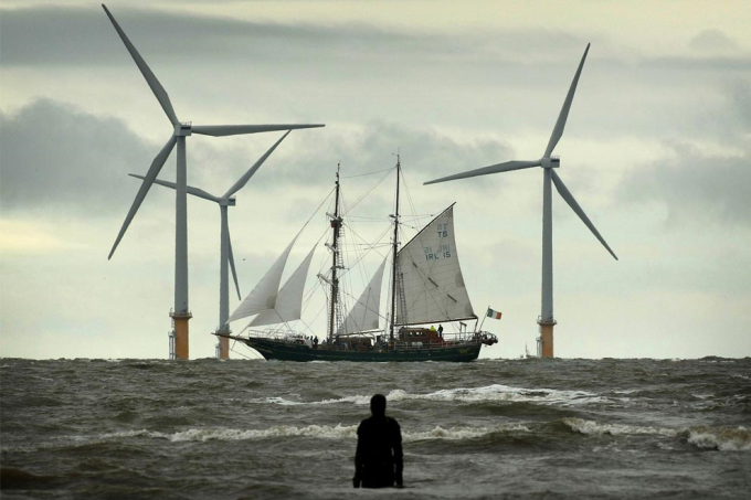 Old and new wind power :)