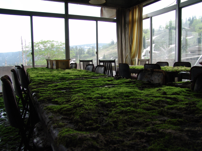 Abandoned hotel in Japan (≧∇≦)/