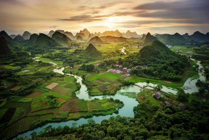 Beautiful mountains of Guangxi Province, China (⌒ー⌒)ノ