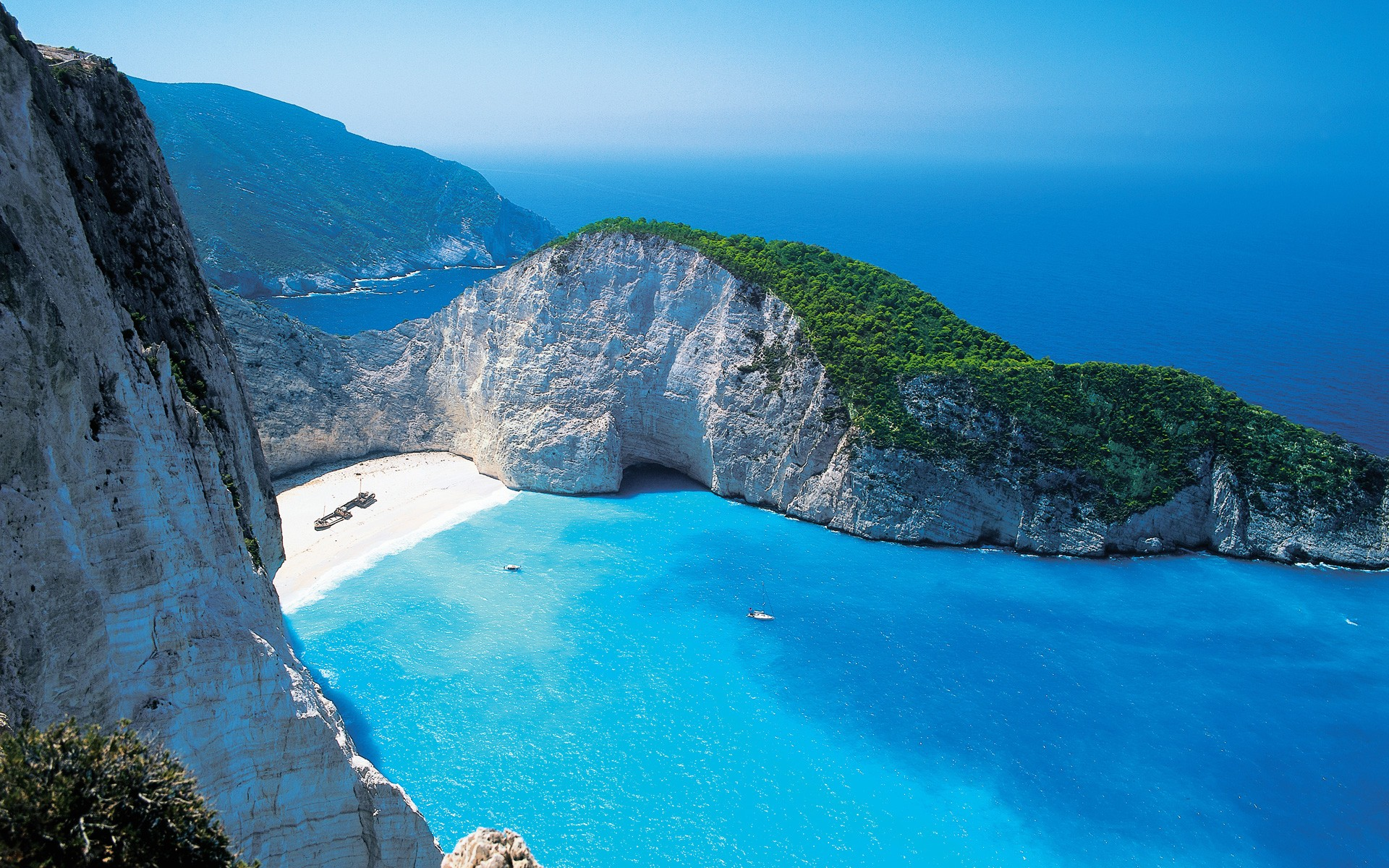 Beautiful Beaches of Greece o_O